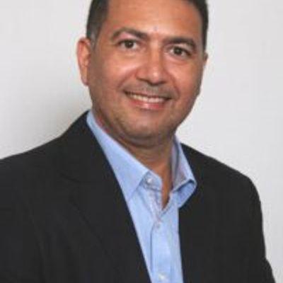 Max Roger Franco Pompílio
